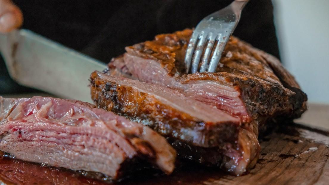 """Una compañía ofrece más de 67.000 dólares a """"amantes de la carne"""" que se animen a ser veganos por tres meses"""