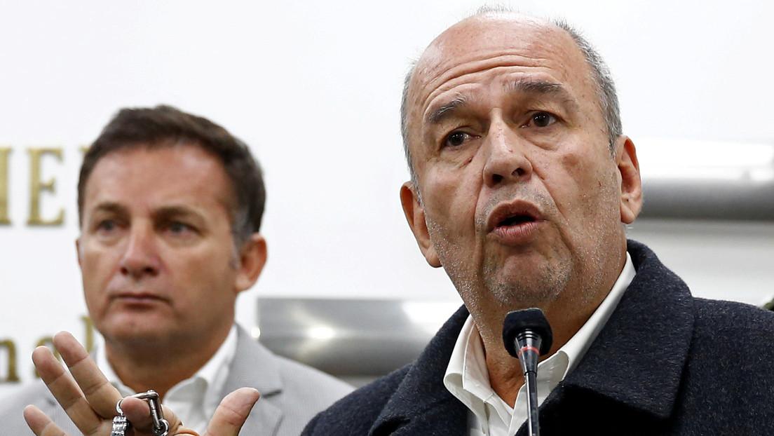 Fiscalía de Bolivia solicitará el sello rojo de Interpol contra dos exministros de Jeanine Áñez