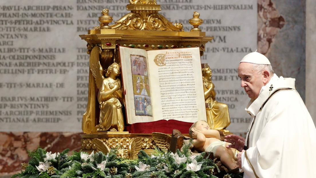 El papa Francisco insta a los estadounidenses a proteger los valores democráticos y a evitar la violencia