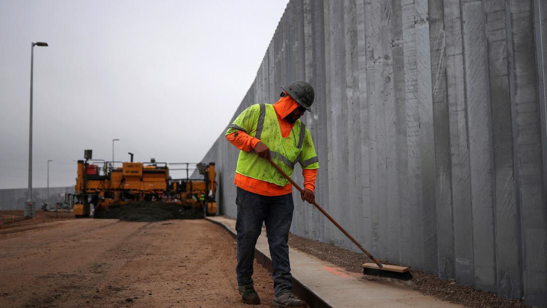Primera aparición pública tras el asalto al Capitolio: Trump viajará el martes al muro fronterizo en Texas