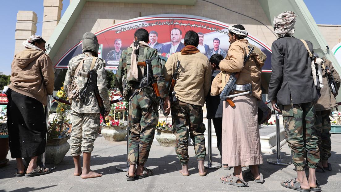 """Pompeo anuncia que EE.UU. designará a los hutíes como """"terroristas"""" para contrarrestar la """"interferencia de Irán"""""""