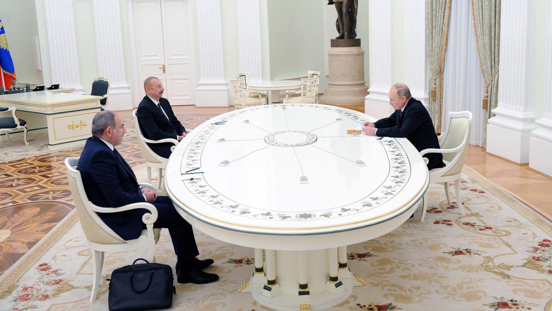 """Rusia, Armenia y Azerbaiyán firman una declaración conjunta sobre el desarrollo de Nagorno Karabaj tras """"importantes negociaciones"""" en Moscú"""