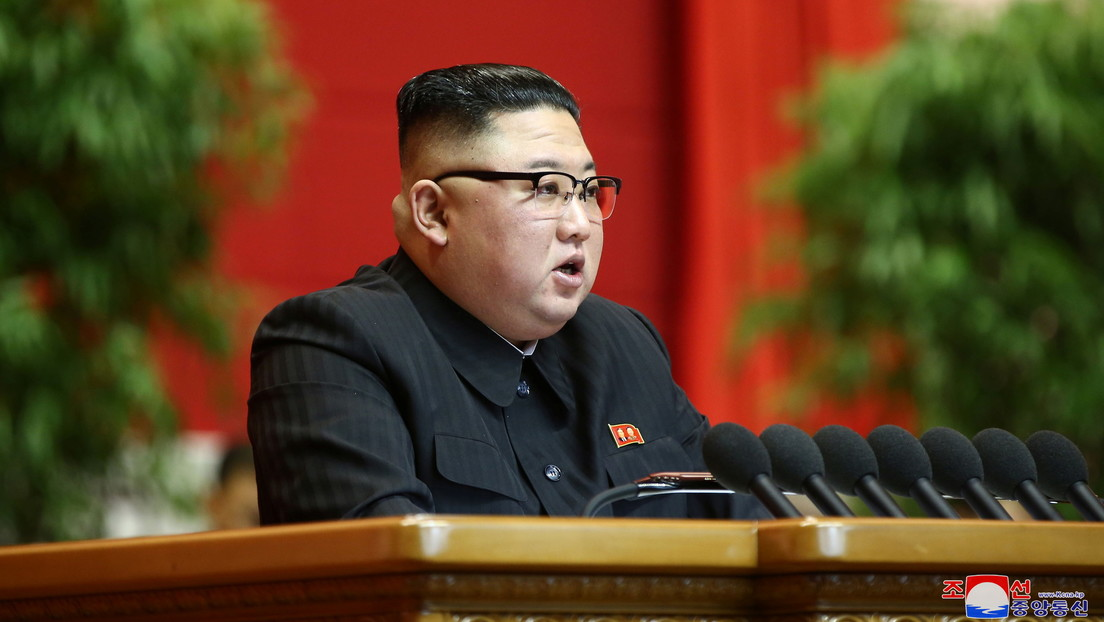 """Kim insta a """"aumentar aún más"""" la disuasión de guerra nuclear en Corea del Norte, mientras el país crea """"capacidades militares más fuertes"""""""