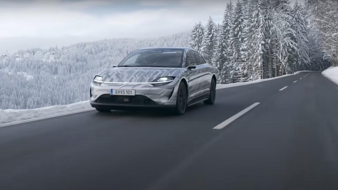 VIDEO: Sony prueba su primer coche eléctrico en las carreteras de Europa