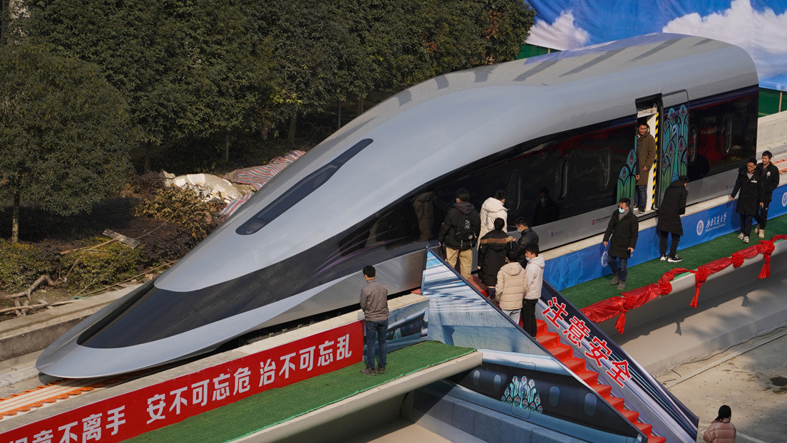 "China presenta un tren Maglev superrápido que ""se puede mover con una mano"" (VIDEO)"
