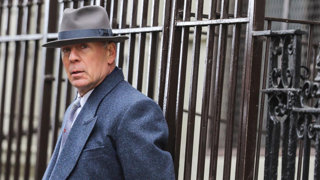 """Bruce Willis recomienda """"ponerse la mascarilla"""" luego de tener que abandonar una farmacia por negarse a usar tapabocas"""