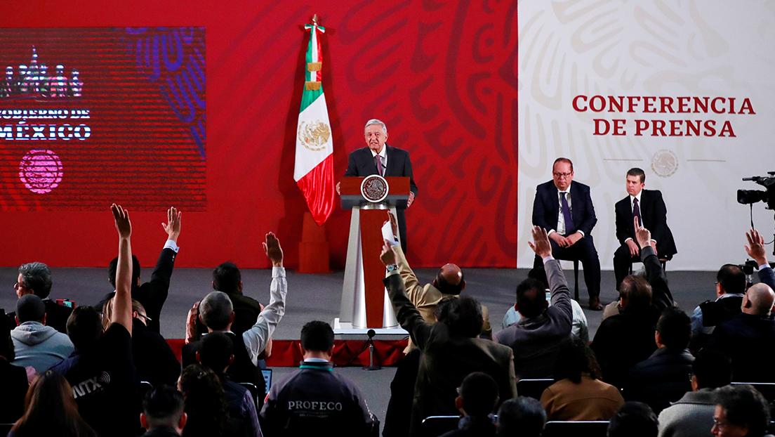 ¿Propaganda o derecho a la información? Las 'mañaneras' de López Obrador desatan polémica en México de cara a las elecciones intermedias