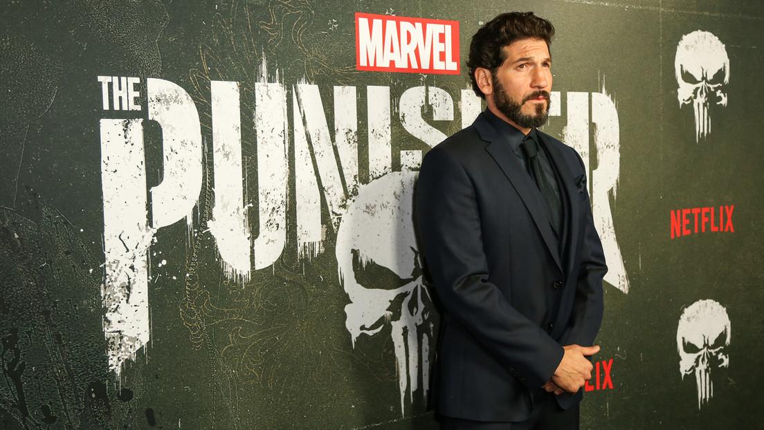 Piden a Marvel retirar El Castigador, luego de que su logo apareciera en la ropa de varios intrusos en el Capitolio, y el actor Jon Bernthal responde