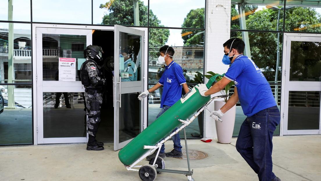 La crisis en Manaos por la escasez de oxígeno en los hospitales obliga al traslado de pacientes de covid-19 a otras ciudades de Brasil