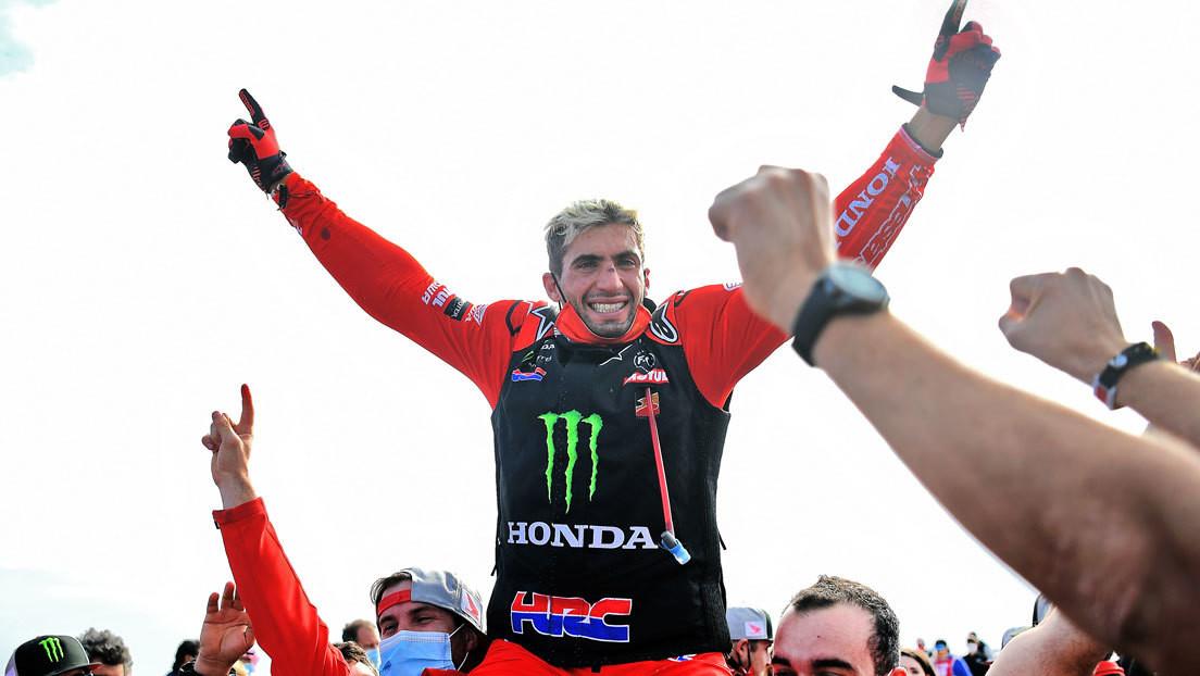 El argentino Kevin Benavides se convierte en el primer sudamericano en la historia que gana el Dakar en motos
