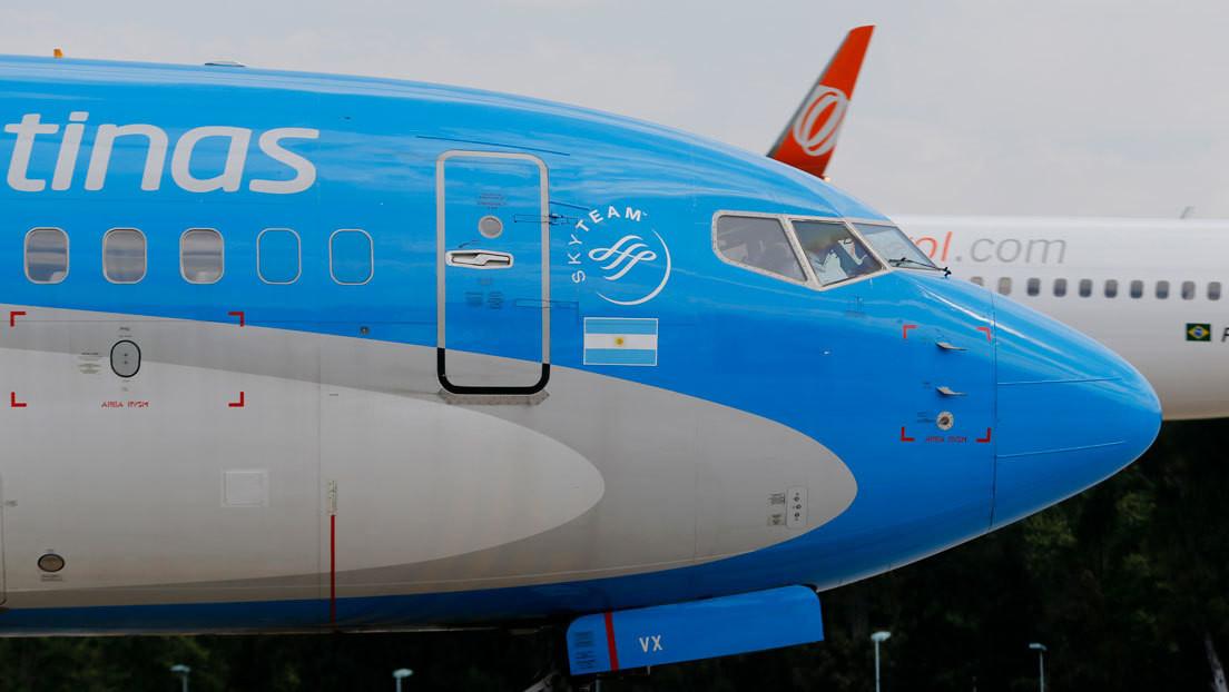Aterriza en Moscú el avión que llevará a Argentina 300.000 dosis del segundo componente de la vacuna Sputnik V