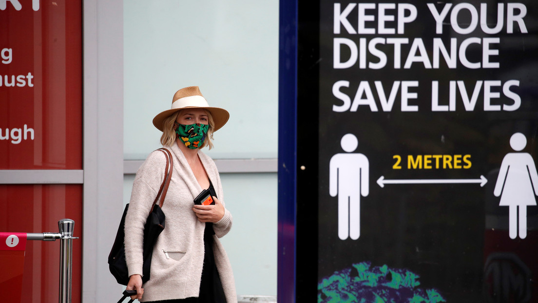 Reino Unido suspende los 'corredores de viaje' que permitían la entrada al país sin cuarentena, ahora todos los viajeros deberán autoaislarse