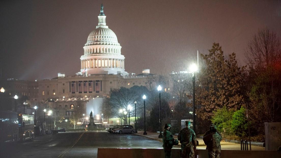 Detienen a un hombre con una pistola cargada y 500 cartuchos de municiones cerca del Capitolio de EE.UU.