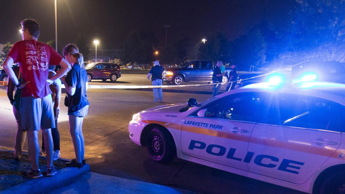 EE.UU.: Los padres de un adolescente autista que murió tras ser reducido por dos agentes demandan a la Policía