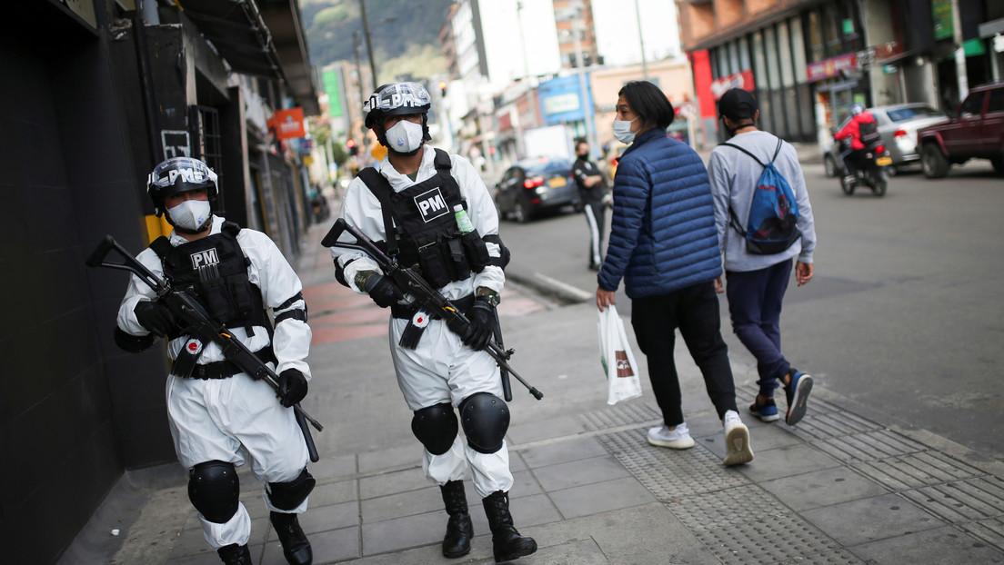 Colombia: Un hombre persigue al joven que le robó el celular y lo mata de un disparo