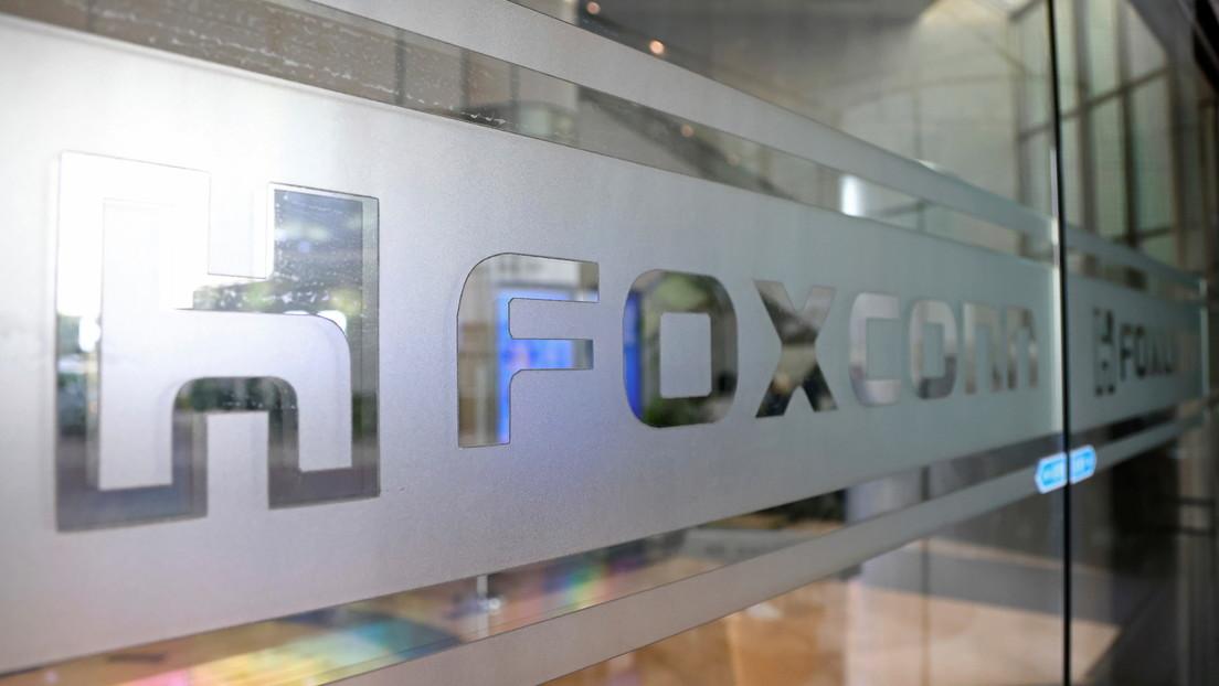Vietnam da permiso al fabricante Foxconn para abrir una planta que producirá portátiles y tabletas