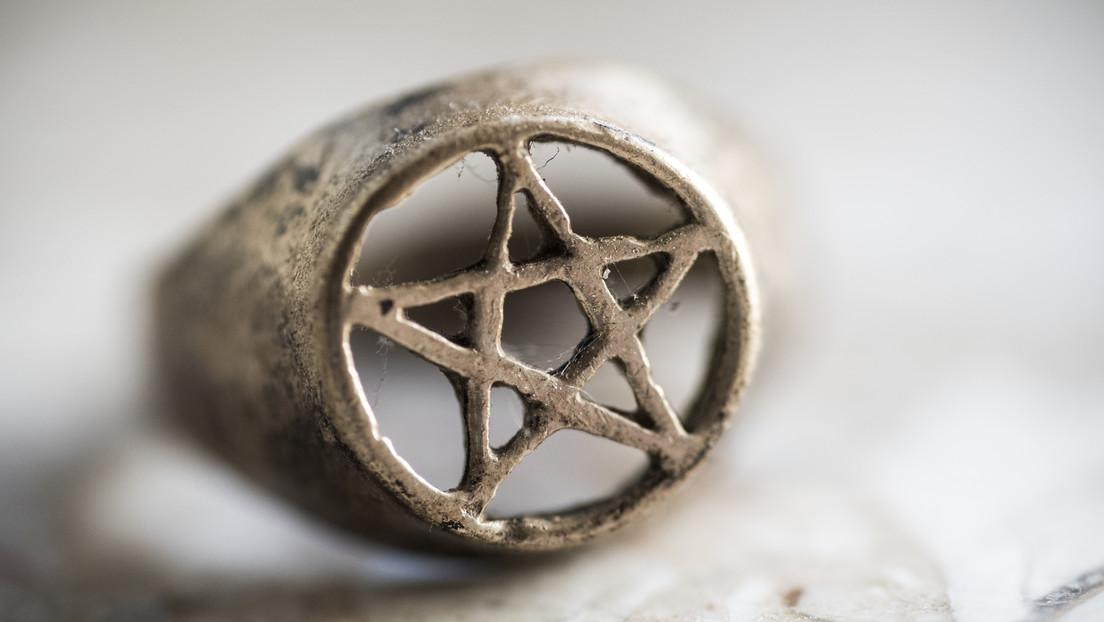 """Los satanistas anuncian una """"importante victoria"""" al introducir el pentagrama entre los símbolos religiosos de un hospital australiano"""