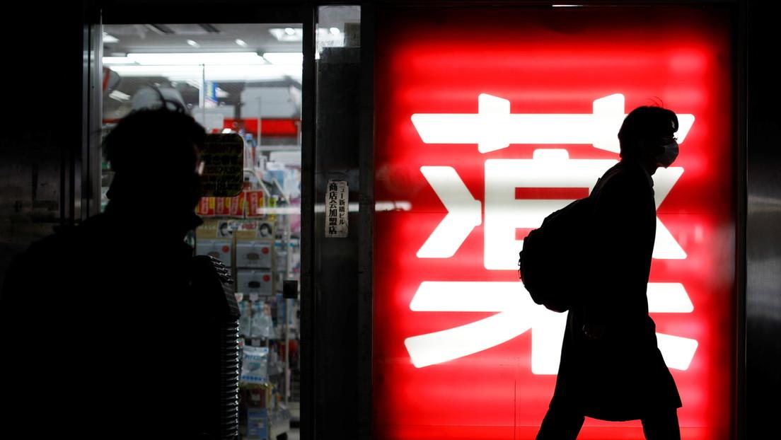 """""""Hemos llegado al límite"""": Los hospitales de Japón están al borde del colapso por el aumento de casos graves de covid-19"""