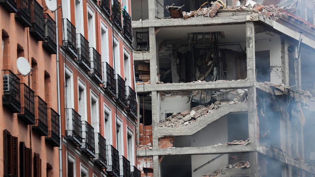 Cuatro muertos y al menos 10 heridos en una fuerte explosión de gas en un edificio en el centro de Madrid (VIDEOS)