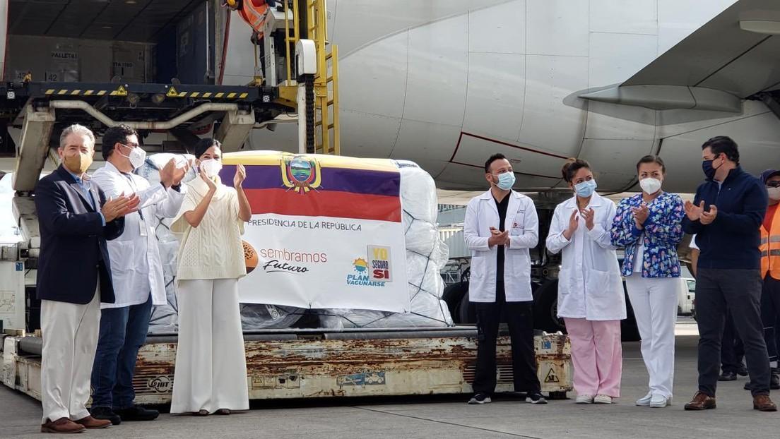Llegan a Ecuador las primeras 8.000 dosis de la vacuna de Pfizer contra el coronavirus