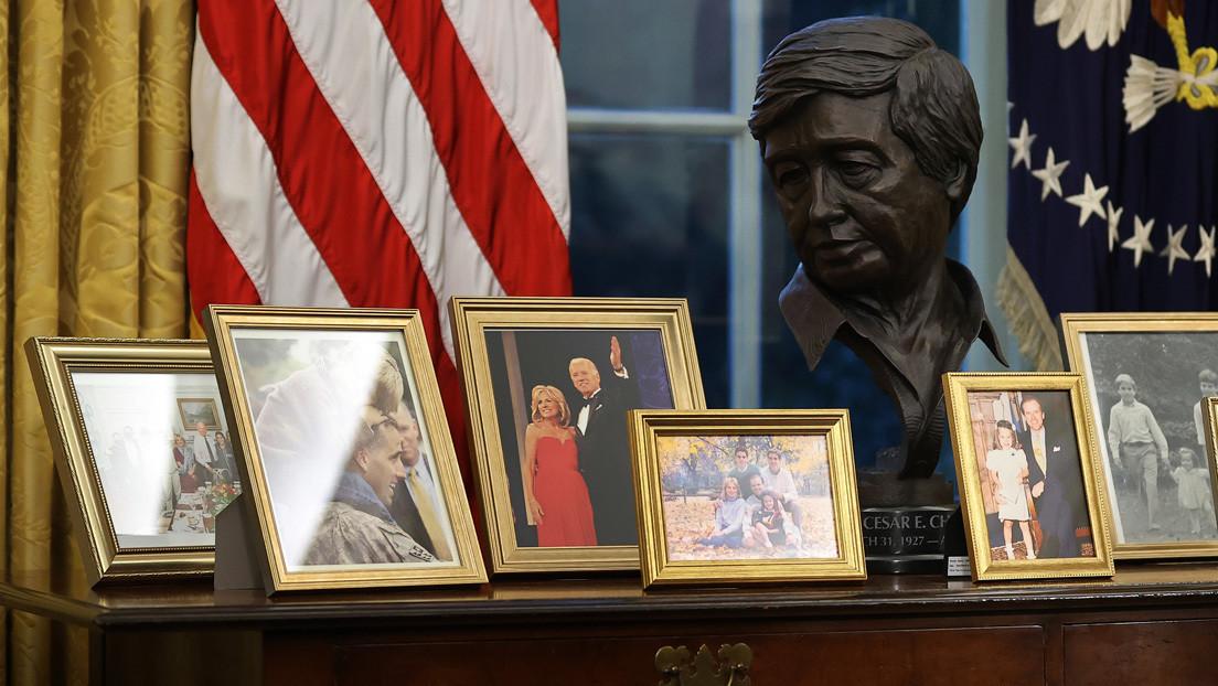 ¿Quién es el líder sindical de origen mexicano 'homenajeado' por Joe Biden con un busto en el Despacho Oval?