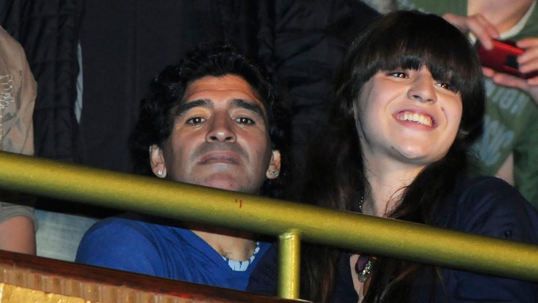 Gianinna Maradona hace públicos varios mensajes que el psicólogo de Diego envió a dos días de su muerte