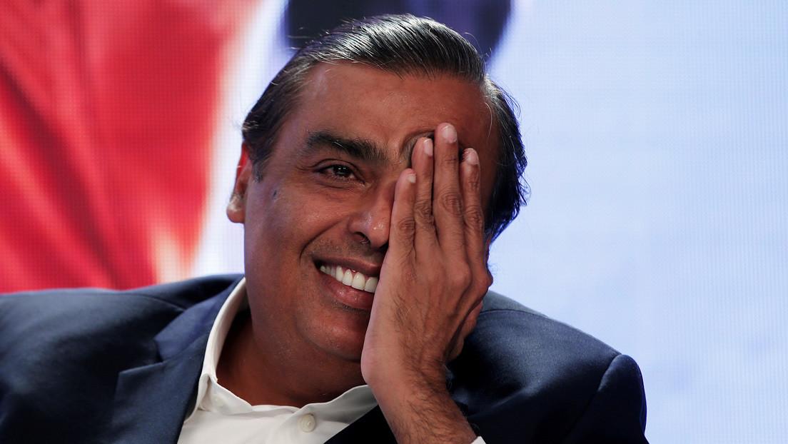 El hombre más rico de la India se asocia con WhatsApp en un esfuerzo por aplastar a Walmart y Amazon