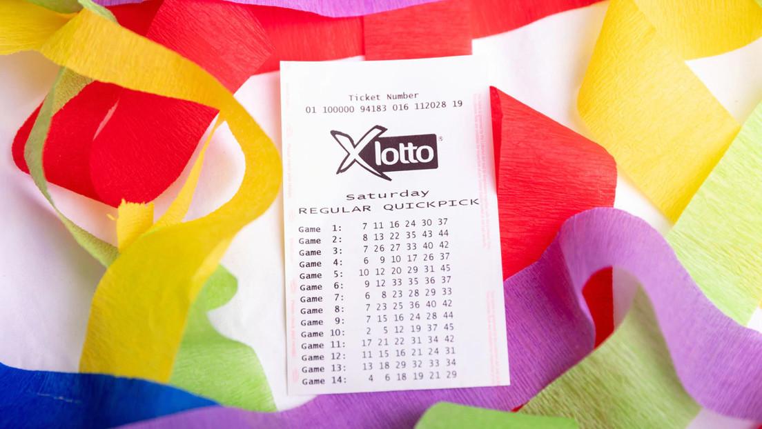 Gana 815.000 dólares en la lotería gracias a que su madre encontró el billete en la nevera