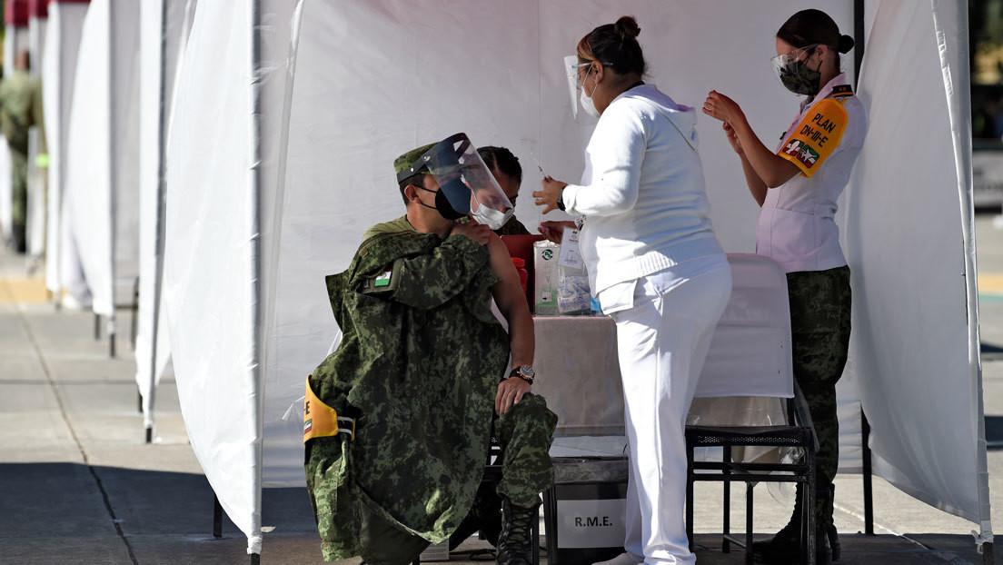López Obrador ordena autorizar que gobiernos locales y empresas puedan comprar vacunas contra el covid-19 para evitar ataques políticos