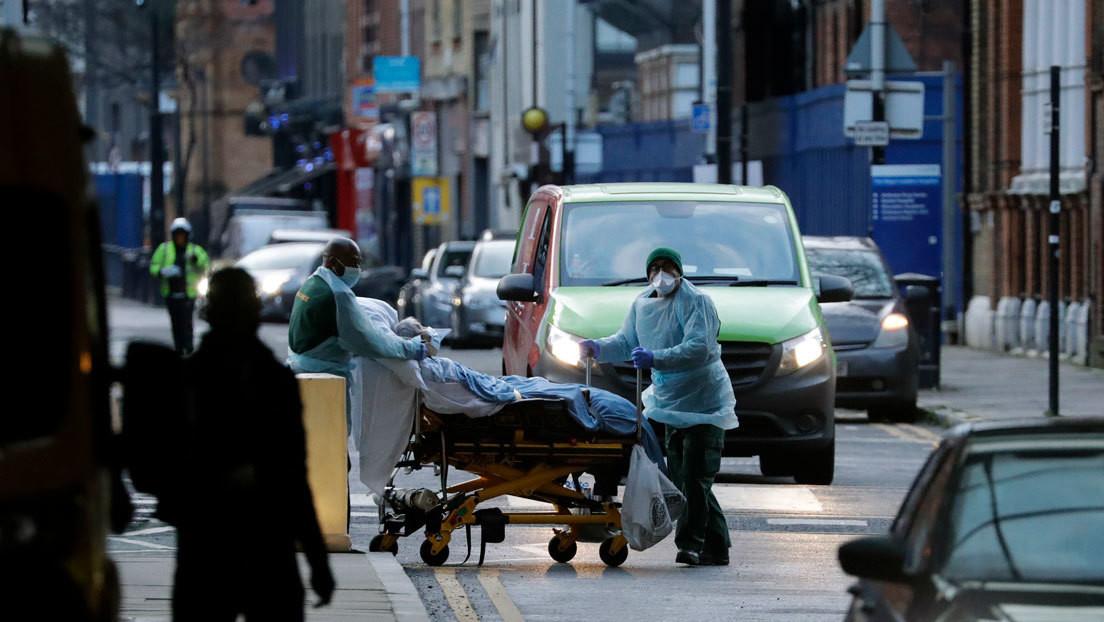 La OMS cree que la mayor mortalidad de la variante británica de covid-19 se debe a la sobrecarga hospitalaria