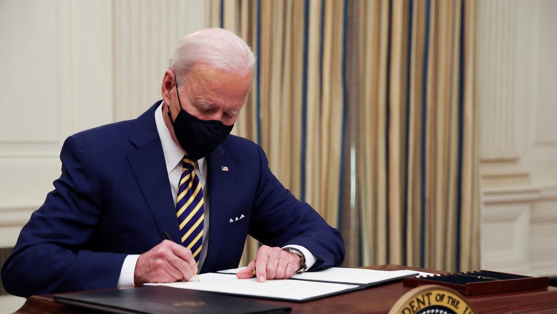 Biden firma órdenes ejecutivas para combatir el hambre y reforzar los derechos laborales en medio de la pandemia
