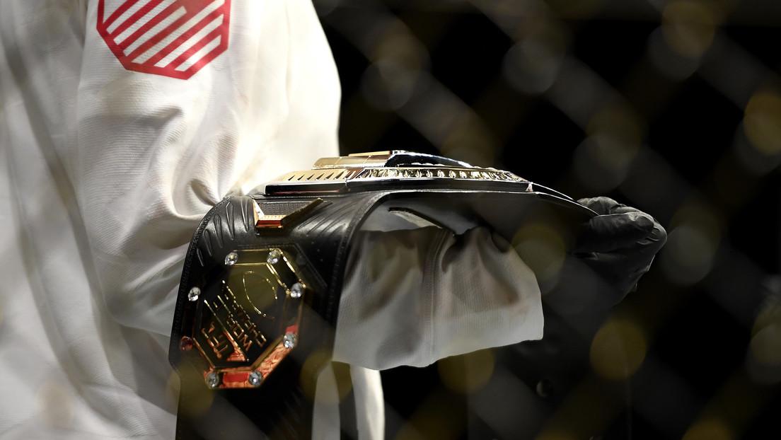 Donald Trump revela cuánto vale el cinturón de la UFC que recibió como regalo