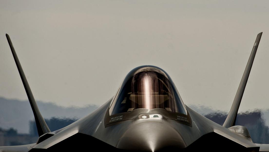 """El exsecretario de Defensa de EE.UU. califica al caza F-35 de """"pedazo de mierda"""""""