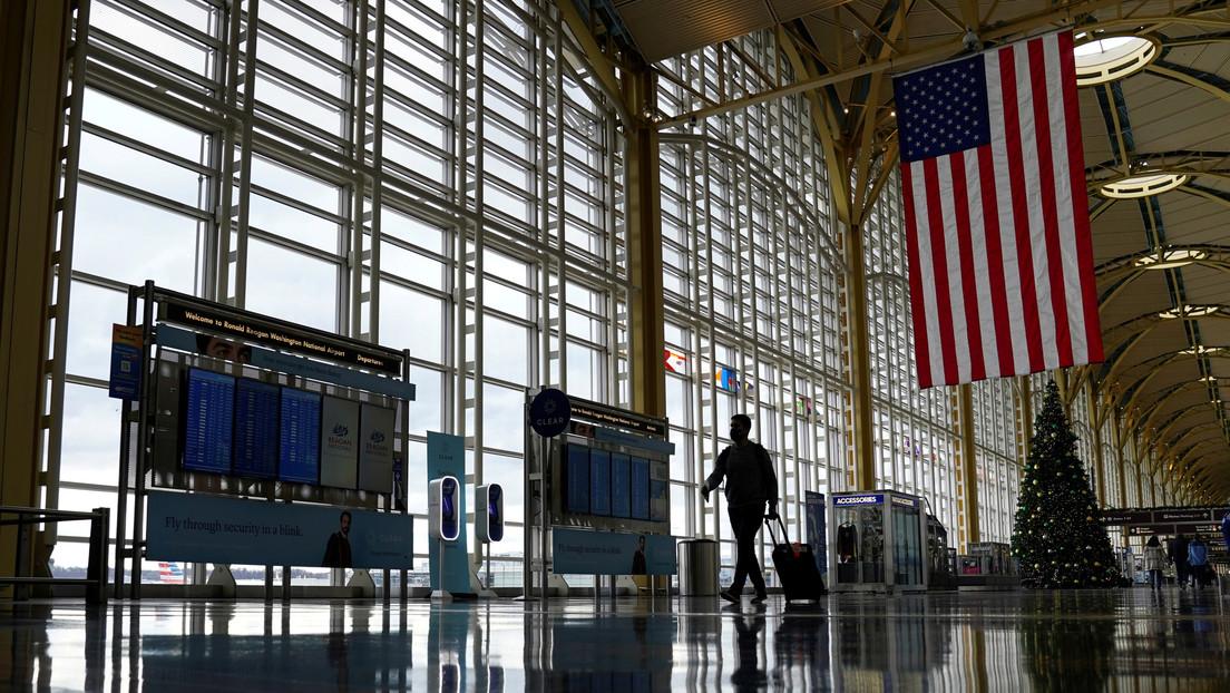 Reuters: Biden prohibirá la entrada a la mayoría de extranjeros que hayan estado recientemente en Sudáfrica
