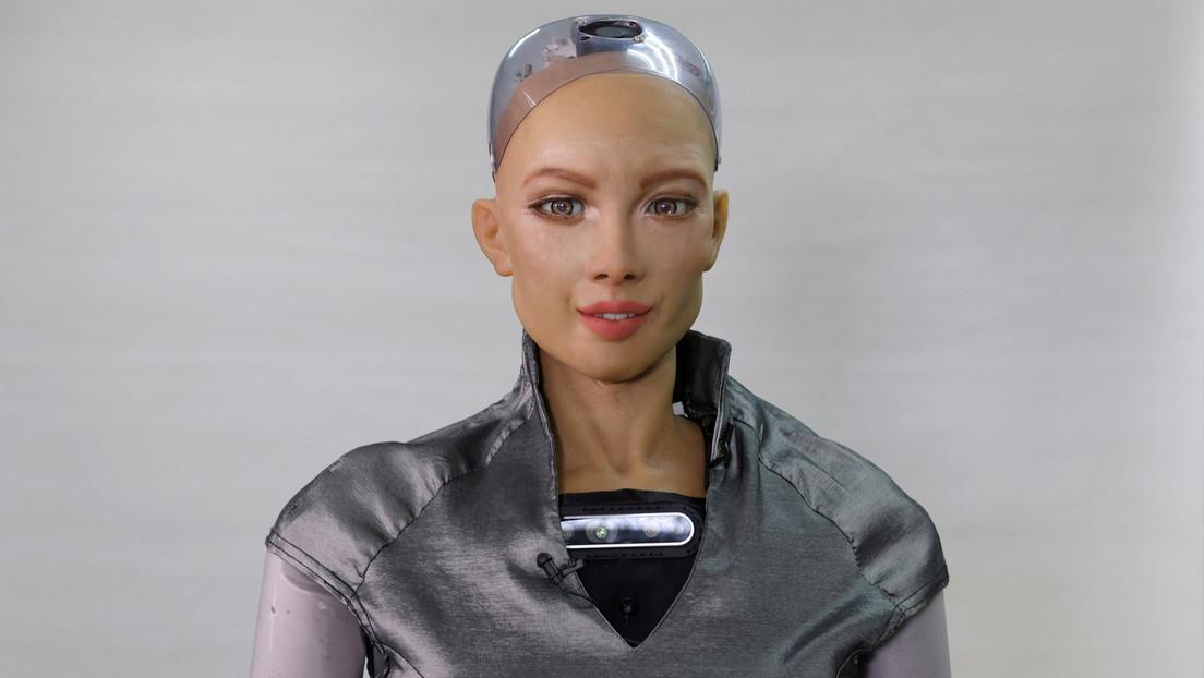 El robot Sofía, que prometió aniquilar a la humanidad, y otros androides comenzarían a desarrollarse en masa en medio de la pandemia