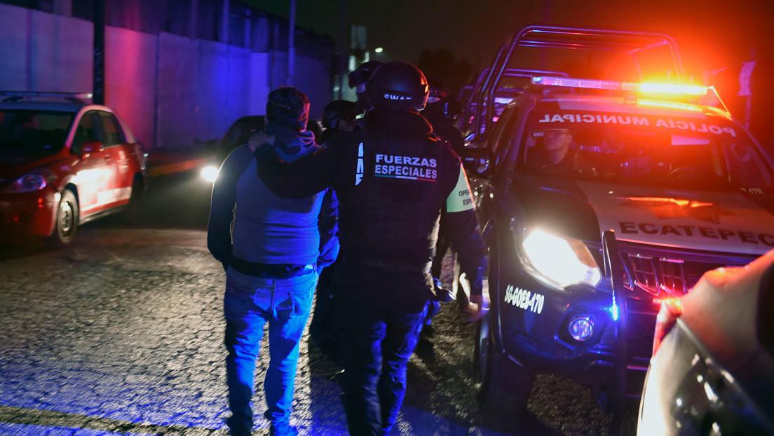 Clausuran en México un bar ilegal al que se accedía a través de una nevera