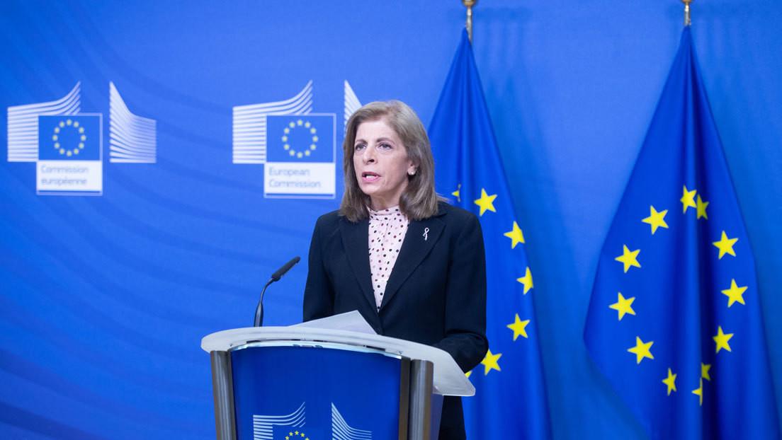 Aumenta la tensión entre la UE y AstraZeneca: Bruselas no consigue que la farmacéutica le entregue sus vacunas antes que al Reino Unido