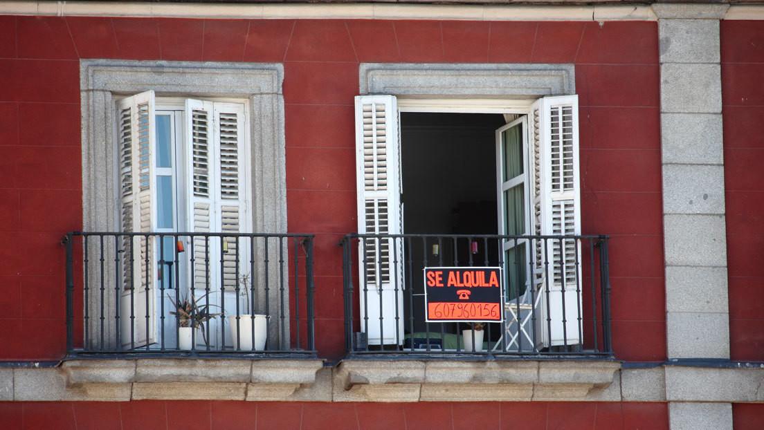 Dinero público para que los precios no bajen: el Ayuntamiento de Madrid subvenciona el alquiler a personas que ganan hasta 88.000 euros
