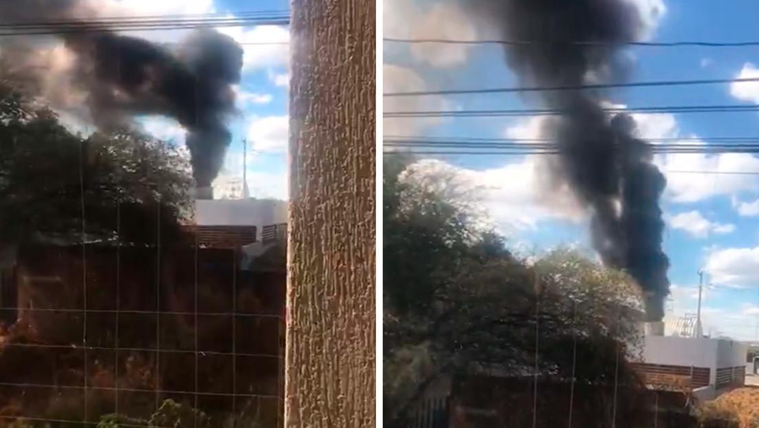 VIDEO: Un crematorio en México inunda de humo una colonia debido al alto número de defunciones por covid-19
