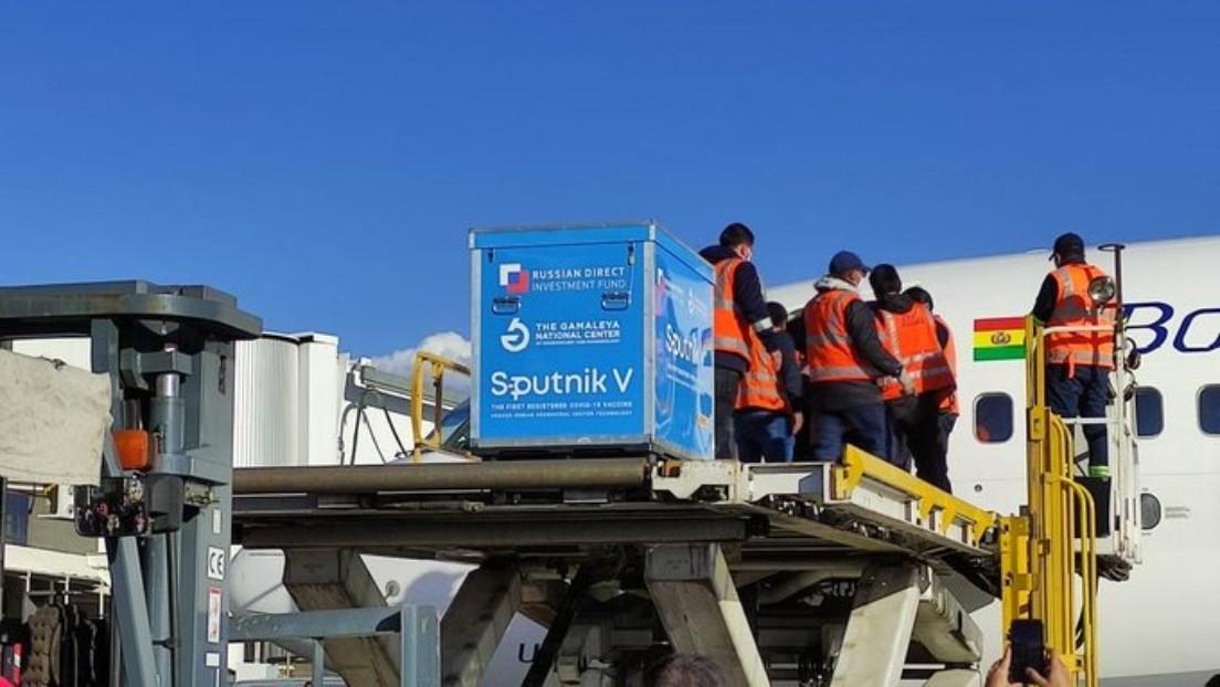 Aterriza en Bolivia el primer lote de la vacuna rusa Sputnik V contra el coronavirus (VIDEO)