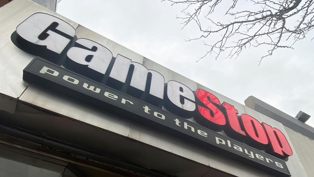 Robinhood recibe más de 100.000 reseñas negativas en una hora tras desactivar la compra de acciones de GameStop, que se dispararon gracias a Reddit
