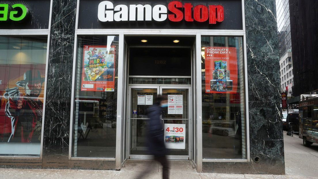 Inversores presentan una demanda colectiva contra Robinhood por impedir la compra de acciones de GameStop