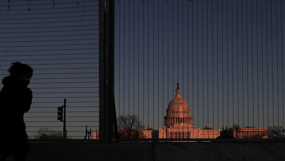 La jefa de la Policía del Capitolio propone instalar vallas permanentes y aumentar la seguridad para evitar nuevos asaltos