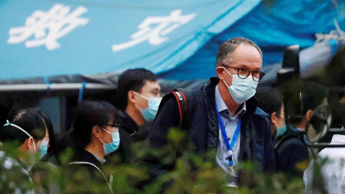 Investigadores de la OMS visitan el hospital chino que trató a los primeros enfermos con covid-19