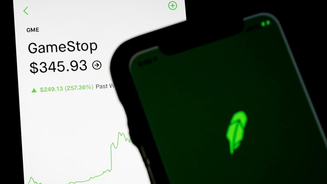 Las acciones de GameStop suben un 68 por ciento y llevan las ganancias semanales al 400 por ciento