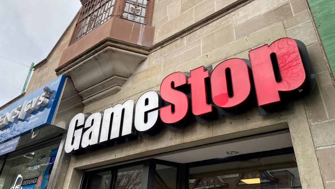 """""""Apesta a corrupción"""": el fiscal general de Texas investiga a Discord, Robinhood y otras empresas que suspendieron el comercio de acciones de GameStop"""
