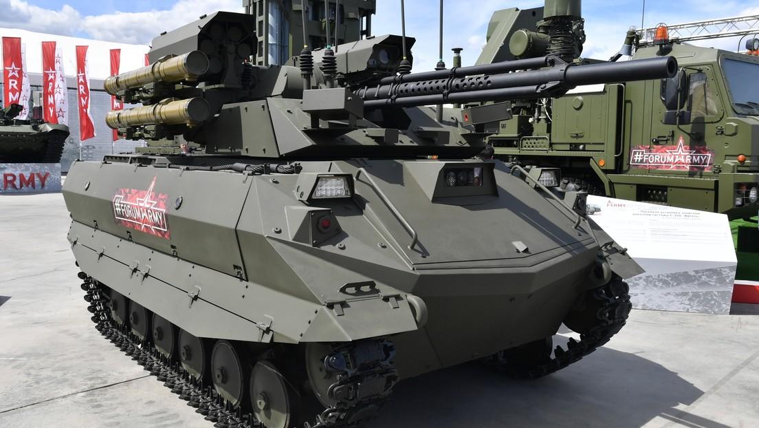 VIDEO: Rusia pone en servicio unos complejos robóticos con inteligencia artificial, creados para eliminar presencia de tropas en el campo de batalla