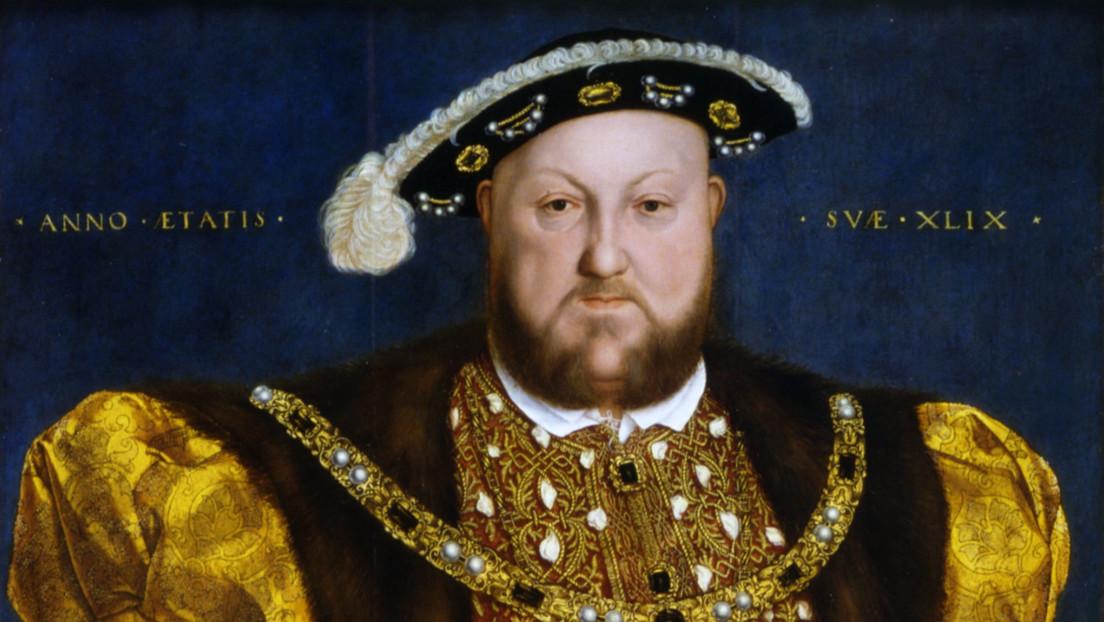 Un aficionado halla en el Reino Unido la pieza de la corona de Enrique VIII perdida durante casi 400 años, valorada en unos 2,7 millones de dólares