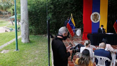 Varios diputados opositores se desmarcan de Guaidó y anuncian que no avalarán la continuidad del Parlamento venezolano de 2016