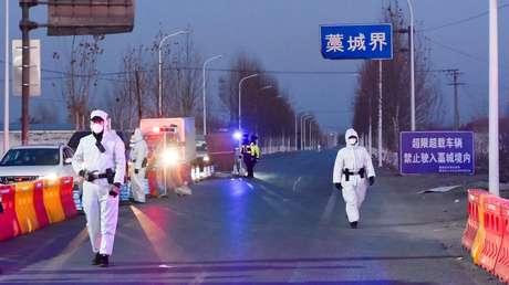 China explica por qué no ha permitido aún la entrada a la misión de la OMS que rastreará el origen del covid-19